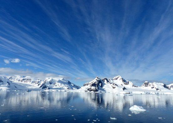 Antarctique - Péninsule Antarctique - Ski voile