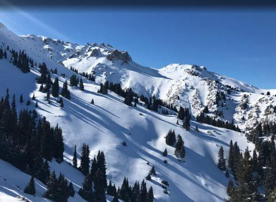 Kazakhstan - Altaï du Ketmen Range, ski au coeur de l'Asie Centrale