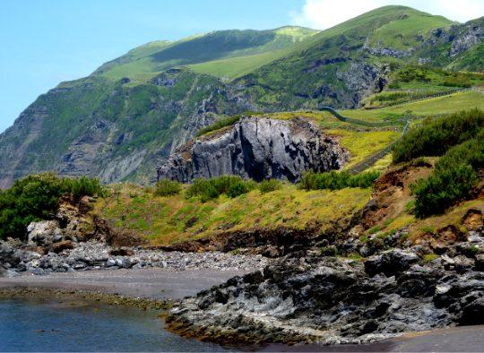 Açores - Trekking, visites, découverte, rencontres, mer et montagnes