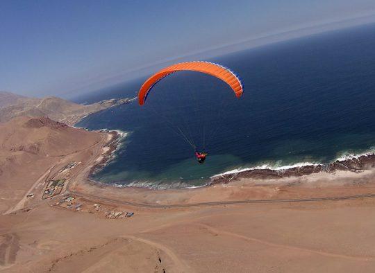 Nord Chili en parapente - Les matins du monde