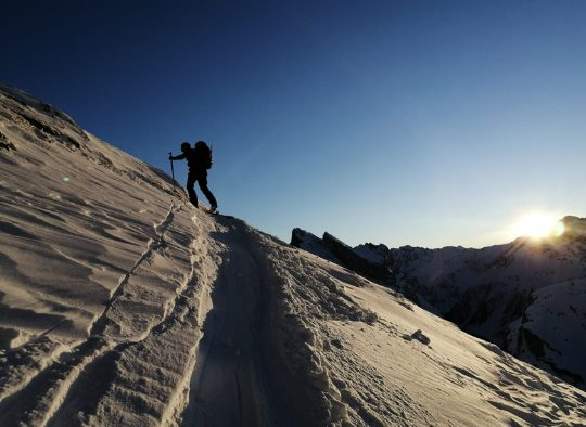 France - Découverte et initiation au ski de randonnée, en Belledonne