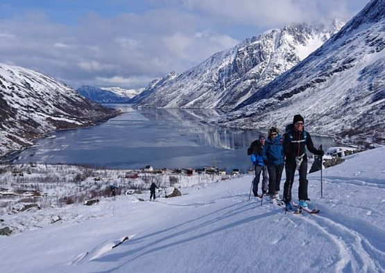 Norvège - Ski de randonnée des Alpes de Lyngen jusqu'au Finnmark - Les matins du monde