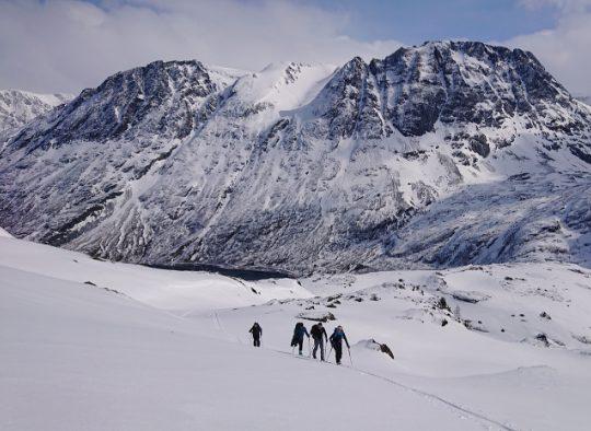 Norvège - Ski de randonnée dans le Finnmark - Les matins du monde