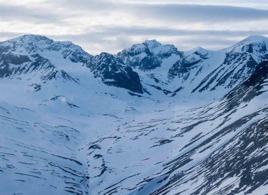 Ski de randonnée dans les montagnes suédoises - Les matins du monde